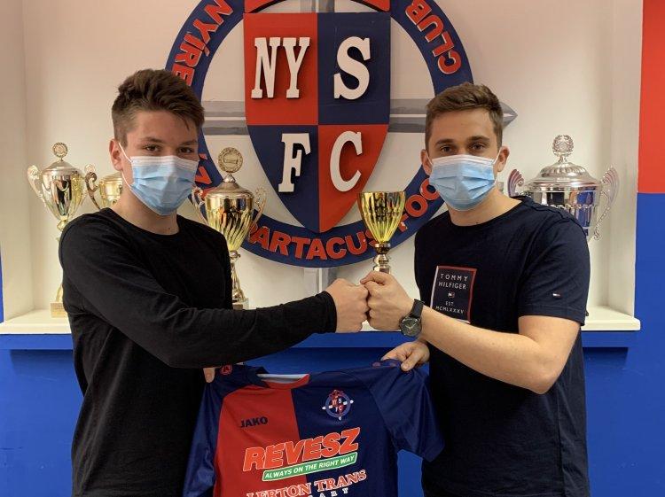 Profi szerződések - Két saját nevelésű labdarúgóval kötött kontraktust a Szpari
