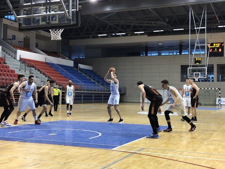 A harmadik siker a Pécs ellen - Magabiztosan nyertek a kosarasok