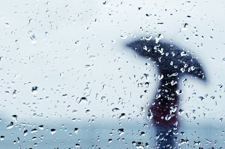 Be kell érnünk azzal, hogy délutánra gyengülhet az eső