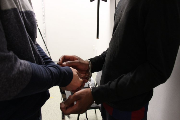 A szabolcsi rendőrök őrizetében a francia állampolgárságú embercsempész