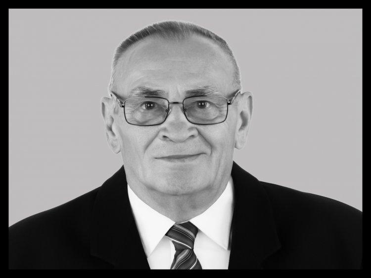 Gyebrószki János nekrológ