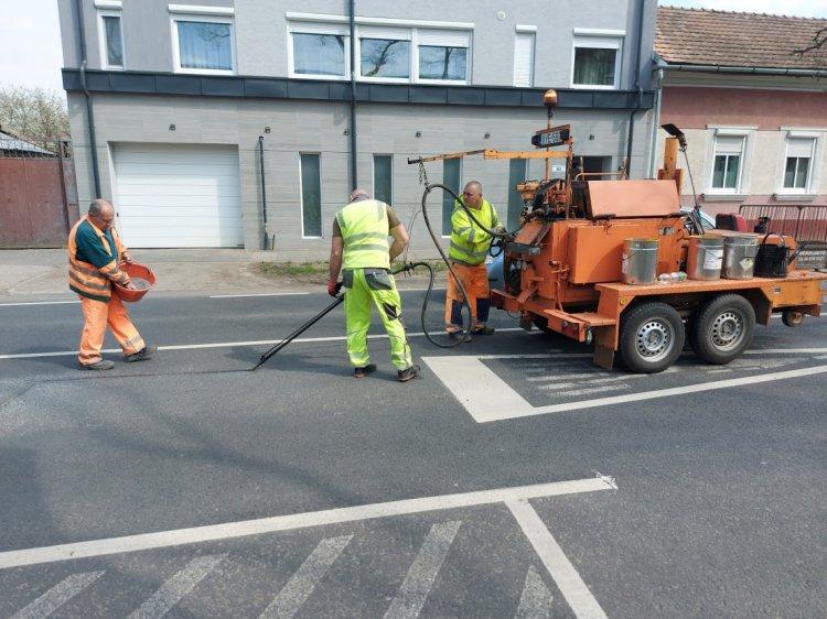 A 41-es főútvonalon útburkolati javításokat végeztek, forgalomkorlátozás mellett
