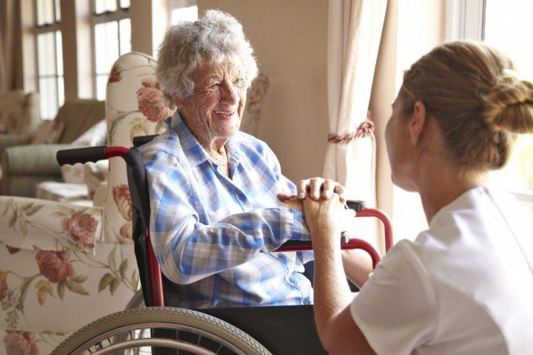 Látogatási rend az idősotthonokban Nyíregyházán