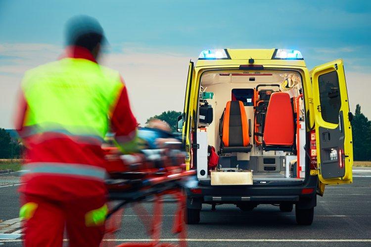 Lesodródott az útról egy személygépkocsi Újfehértónál, ketten megsérültek