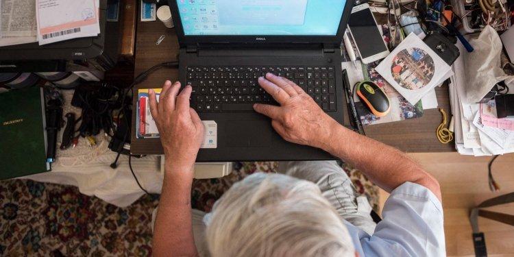 Eláruljuk mikor és mennyivel emelkedhet idén a nyugdíj