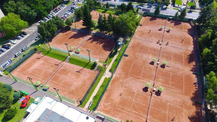 11 pálya már használható - Az élvonalban játszik a Marso Tenisz Centrum együttese