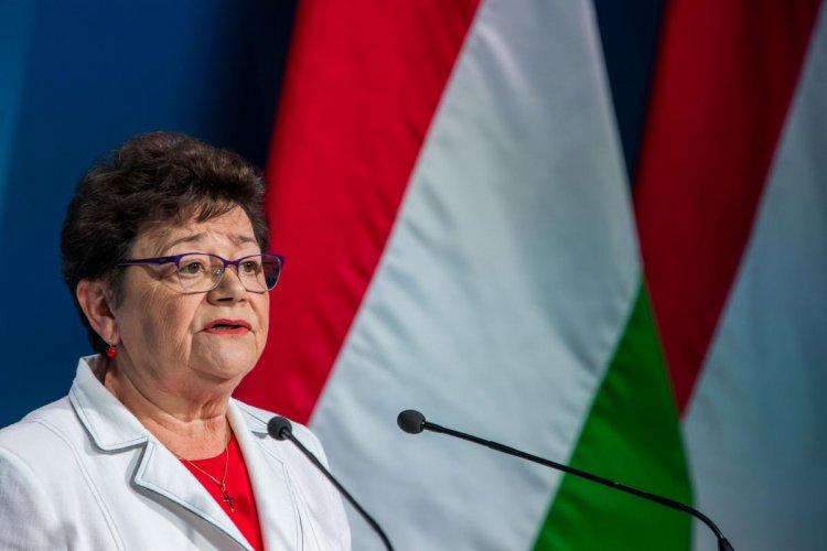 Országos tisztifőorvos: Szputnyik V vakcinára is lehet időpontot foglalni