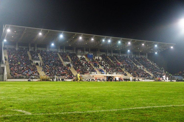 Az utolsó hazai meccs, szurkolókkal - A Városi Stadionban a Vasast fogadja a Szpari