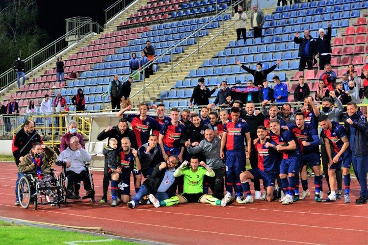 Győzelem a listavezető ellen - Fantasztikus meccset nyert meg a Szpari
