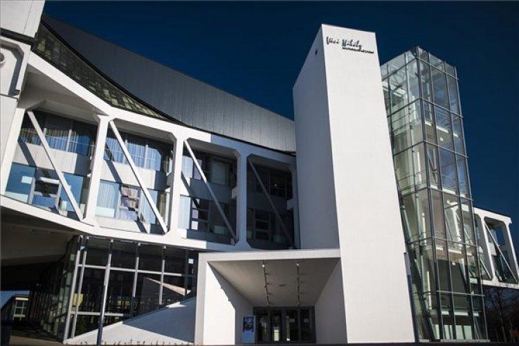 Országos közművelődési nyitány a Váci Mihály Kulturális Központban