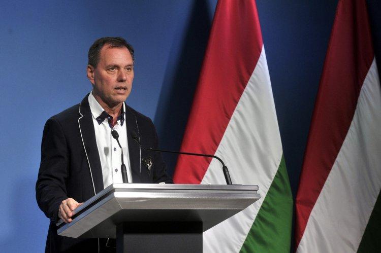 Szlávik János: Még nem dőlhetünk hátra