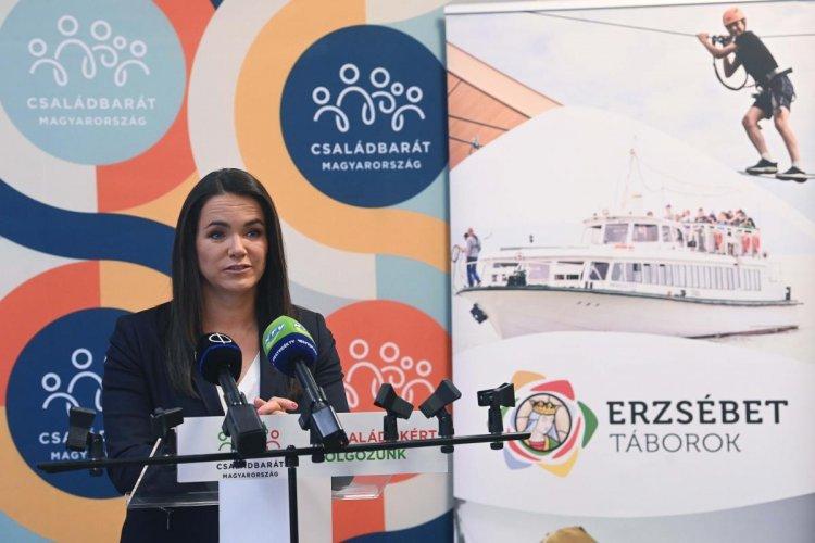 Novák Katalin: idén megtartják az ottalvós Erzsébet-táborokat is