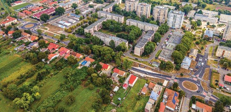 87 km utca, 34 km járda, csomópontok: soha nem látott mértékű útfejlesztések Nyíregyházán