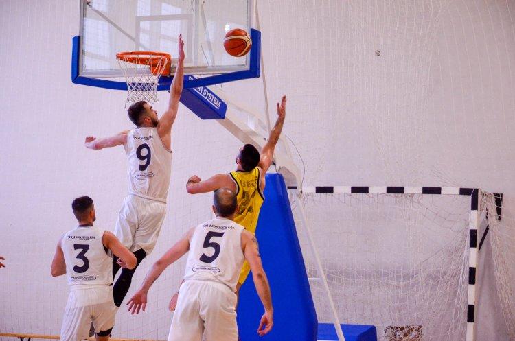 Aranyérem a kosárlabda NB-II-ben - A NYÍKSE nyerte a Keleti csoportot