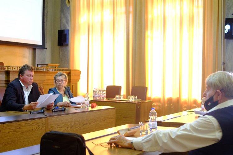 Újra együtt a pandémia után – Fontos ügyekben egyeztettek az Idősügyi Tanács ülésén