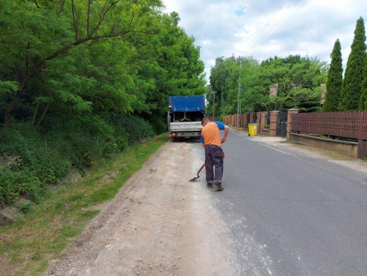 Megkezdődött az útfelújítás a Tölgyes utcán, Sóstógyógyfürdőtől a Csongor utcáig
