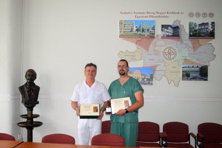Elismerés a Szabolcs-Szatmár-Bereg Megyei Kórházak és Egyetemi Oktatókórház orvosainak