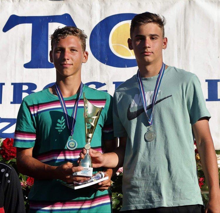 Tenisz korosztályos vidékbajnokság - nyíregyházi érmekkel