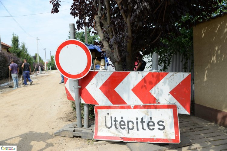 Útfejlesztés Nyíregyházán: 18 utca lesz aszfaltos földútból az első ütemben