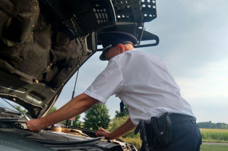 Körözött gépkocsit foglaltak le a rendőrök Csengersimán