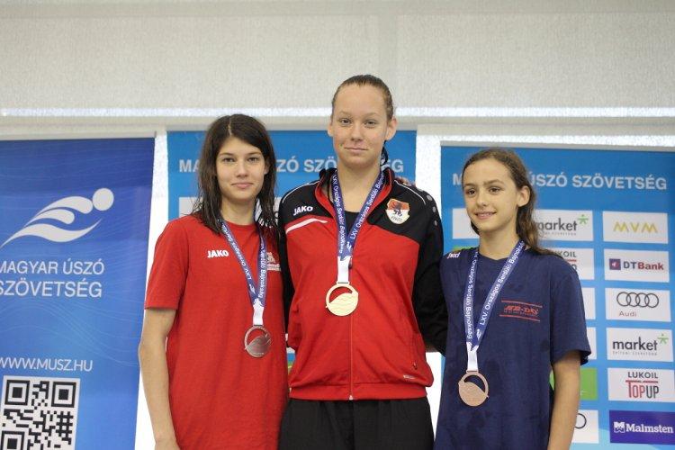 Három ezüst a serdülő országos bajnokságról - Jól szerepeltek az úszók