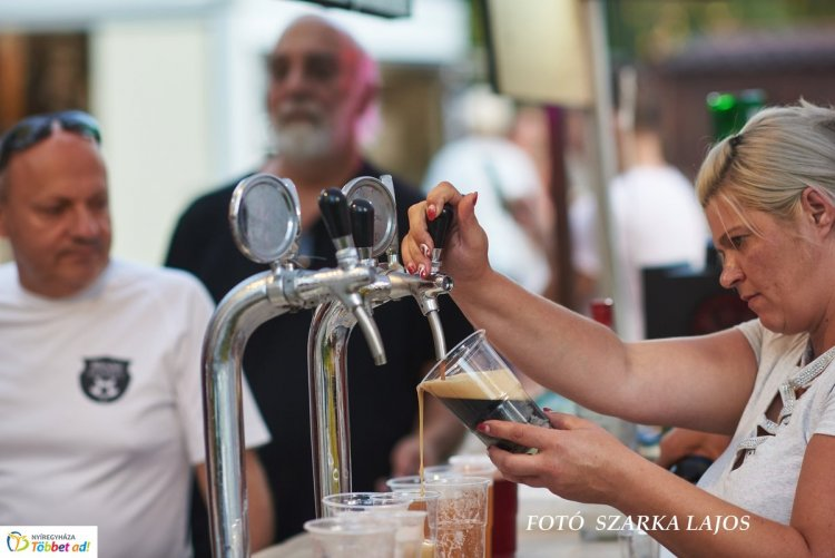 SerFeszt – Közel 100-fajta sörkülönlegesség, koncertek és street food várja a látogatókat