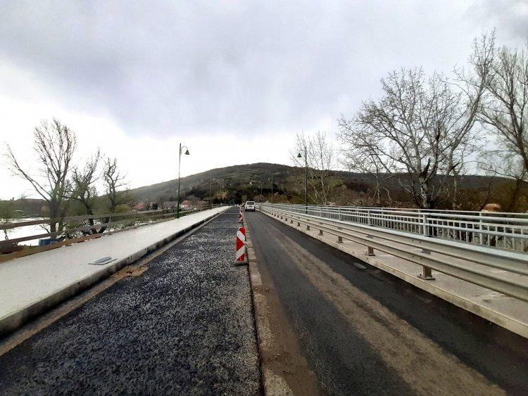 Jól haladnak a tokaji Erzsébet királyné Tisza-híd felújítási munkái
