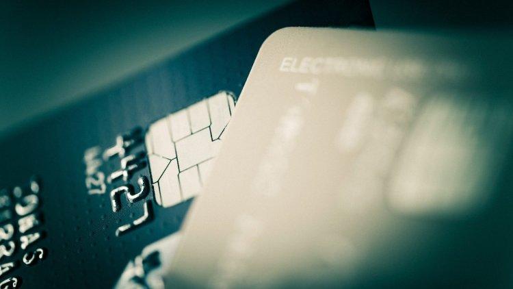 Magukat banki alkalmazottnak kiadó csalókra figyelmeztet a rendőrség
