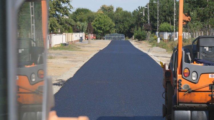18 földút kap szilárd burkolatot – Ősz végére befejeződnek az útépítési munkálatok