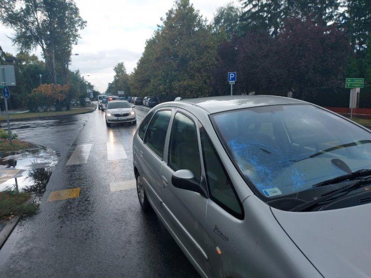 Kijelölt gyalogátkelőhelyen történt gázolás a Korányi Frigyes utcán