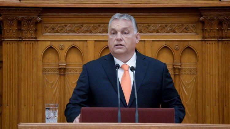 50 ezer forintot meghaladó nyugdíjprémium, 13. havi nyugdíj visszaépítésének folytatása