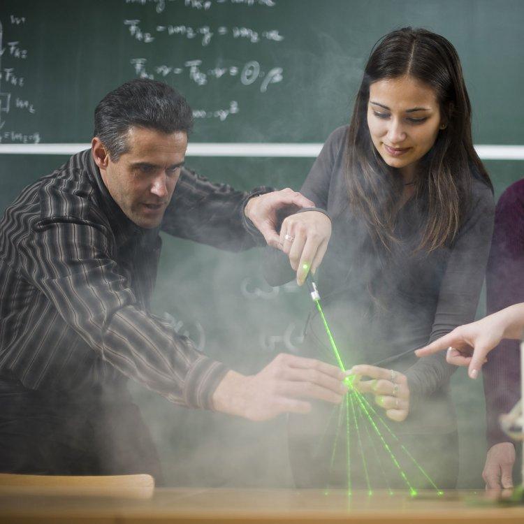 Kutatók éjszakája a Nyíregyházi Egyetemen, színes programokkal