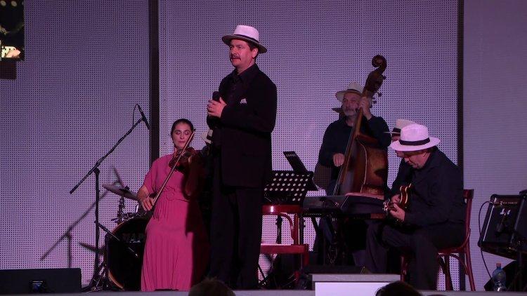 Percek tánca – Zenés játék született Szenes Hanna, zsidó származású költő emlékére