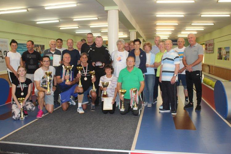 Városi amatőr tekebajnokság - Befejeződött a sorozat, a Het Band lett a gypztes