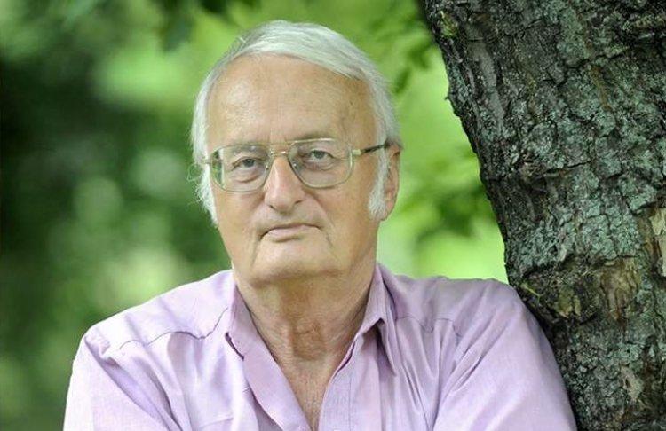 Országos Könyvtári Napok - Közönségtalálkozó Nemere István íróval