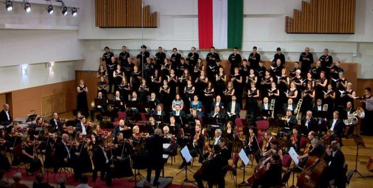 Szeretné visszacsábítani a koncertekre a családokat a Cantemus kórus
