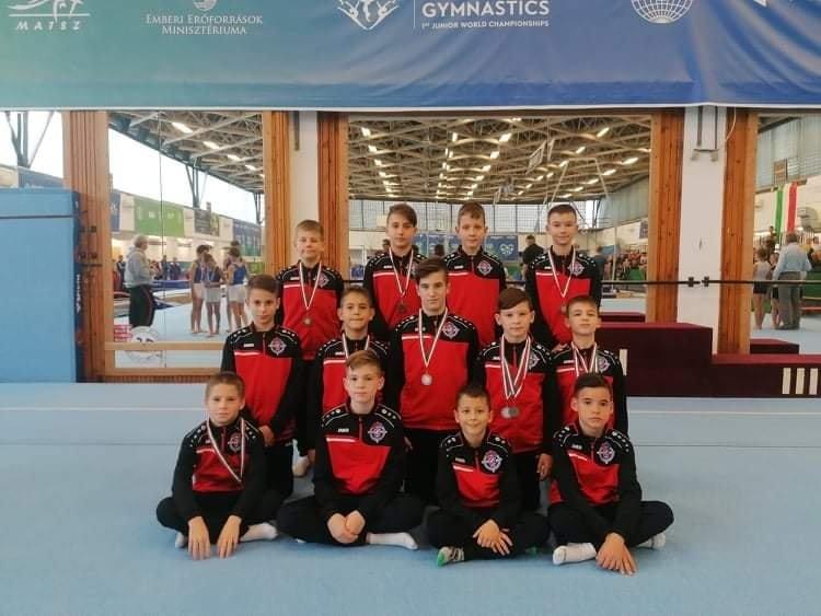 Remekeltek a tornász fiúk - Második hely az országos bajnokságon